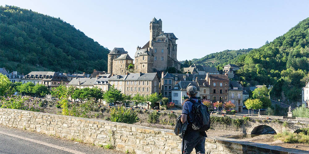 Estaing aan de pelgrimsroute Via Podiensis